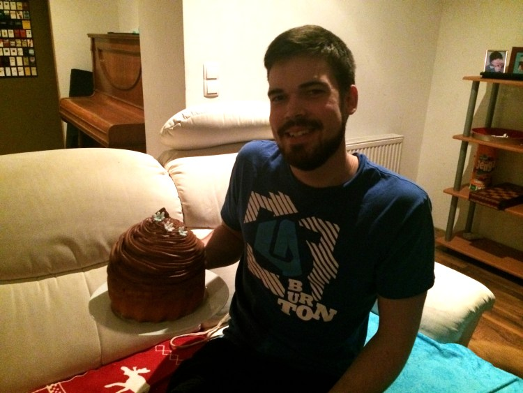 Happy Birthday lieber Mucki :) – Mit Riesencupcake!