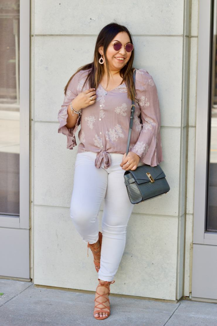 tie top, tie at bottom of shirt, white jeans, cognac shoes, forever 21, photography tips
