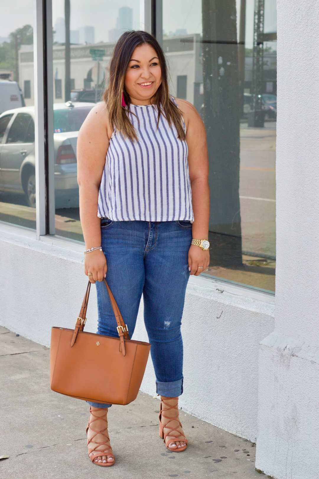 cute summer outfit, basic striped top outfit, how to style striped top