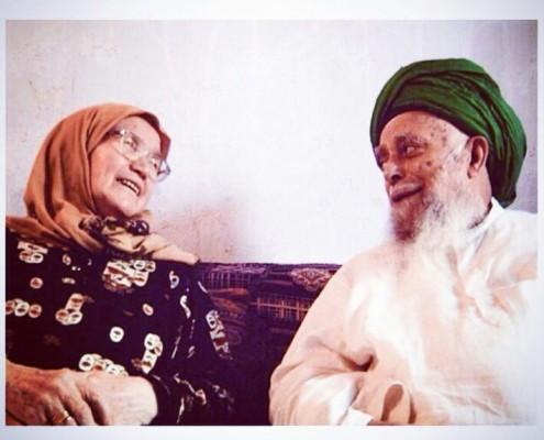 Hajja-Amina-with-Maulana