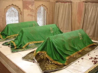 shkabdullahad-dahlawi-grave2
