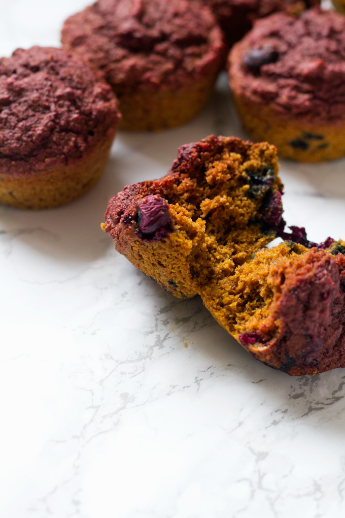 vegan beet blueberry muffins | love me, feed me