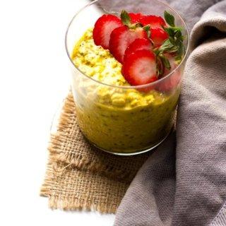 golden milk overnight oats