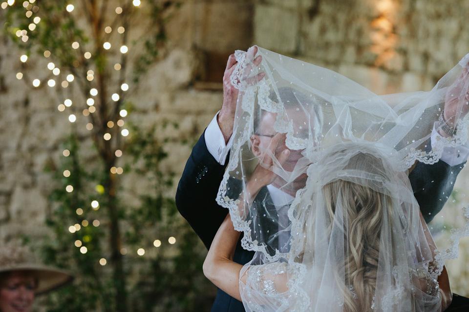 Vintage Wedding Dresses Jenny Packham: A Juliet Cap Veil And 'Azalea' By Jenny Packham For A