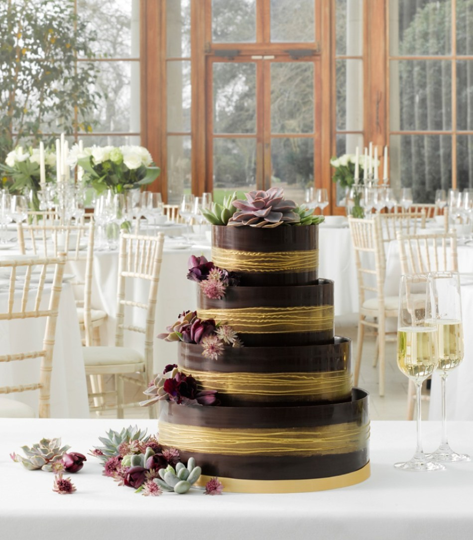 marks and spencer shimmering hoop chocolate wedding cake a wedding cake q amp a with marks amp spencer my dress 17164