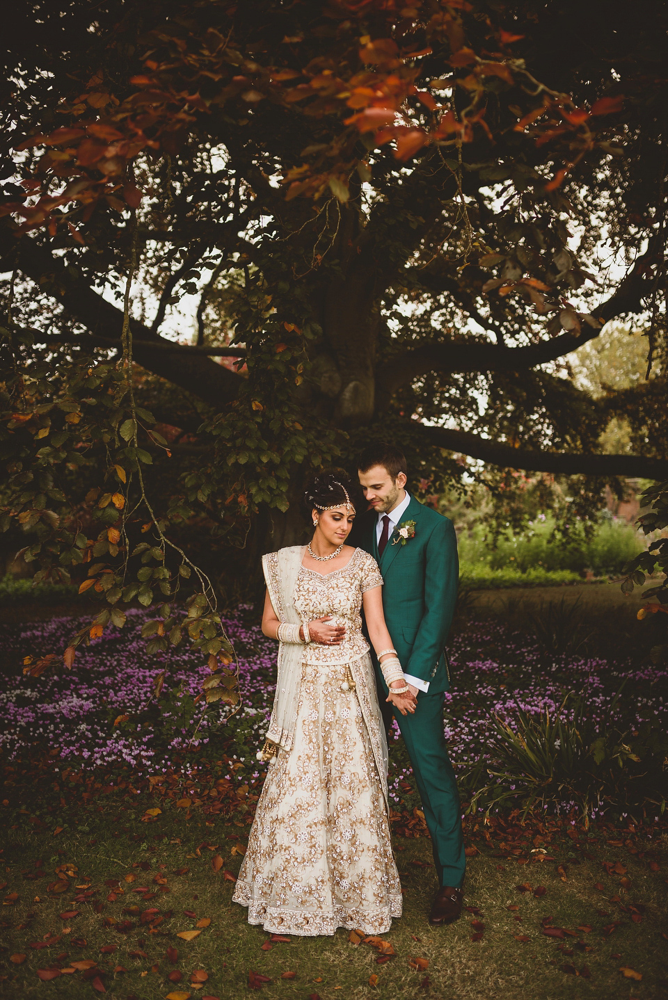An Autumnal AngloIndian Fusion Wedding in the Cotswolds