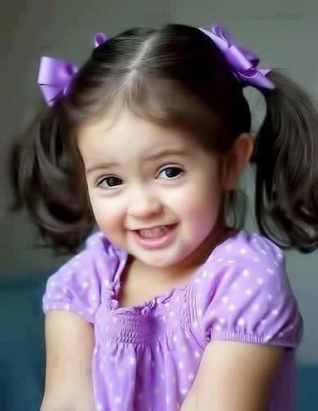 smiling girl cute girl profile dp