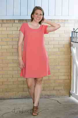 Knee length Cadence dress with short sleeves