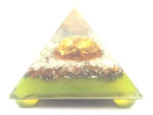 フライングピラミッド