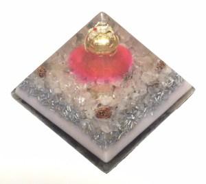 愛のピンクドラゴン オルゴナイトピラミッド