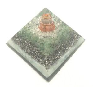 森のささやき オルゴナイトピラミッド
