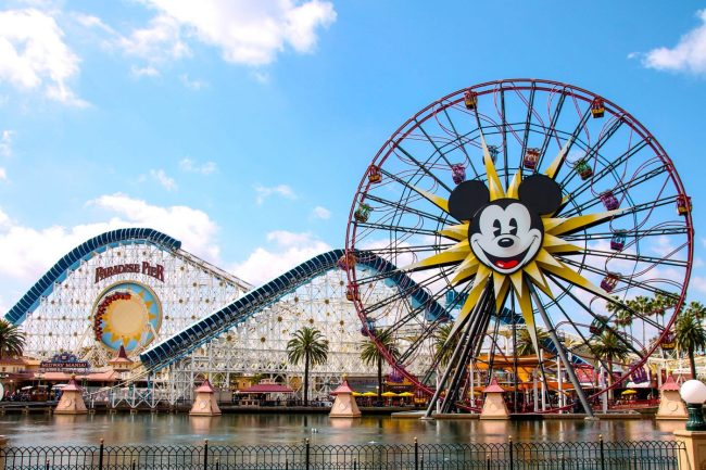 5 Best Ways To Save Money On A Disneyland Vacation