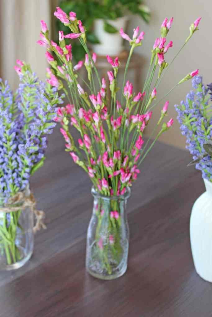Faux flowers, artificial flowers, fake flowers, faux flowers in decor