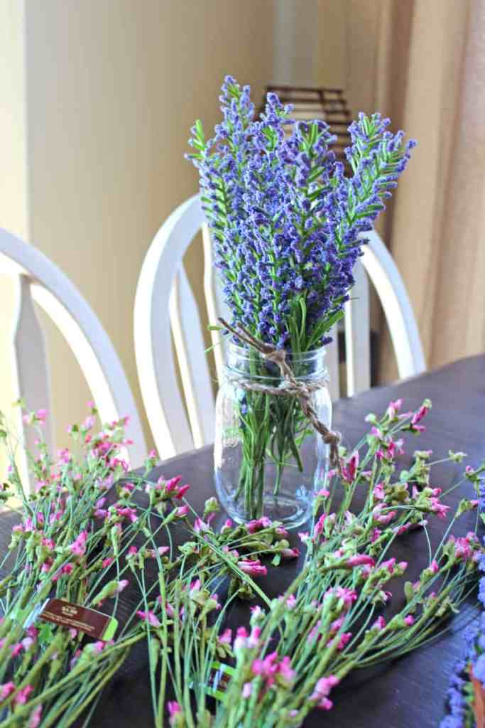 Faux flowers, artificial flowers, faux flowers in decorating