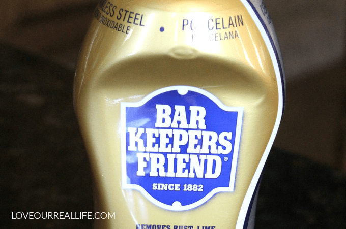 Barkeepers friend, bar keepers friend, barkeepers friend on bathroom sink, cleaning with barkeepers friend