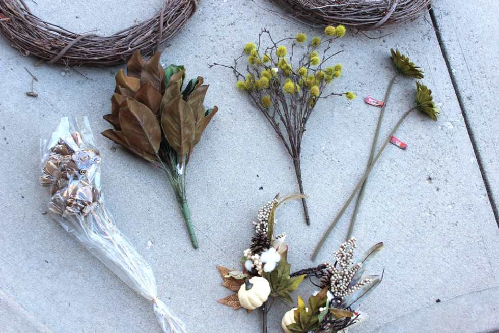 DIY wreath, floral stems in wreath, Fall wreath for front door