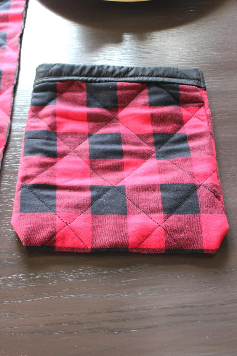 Reusable fabric gift sacks for all occasions.