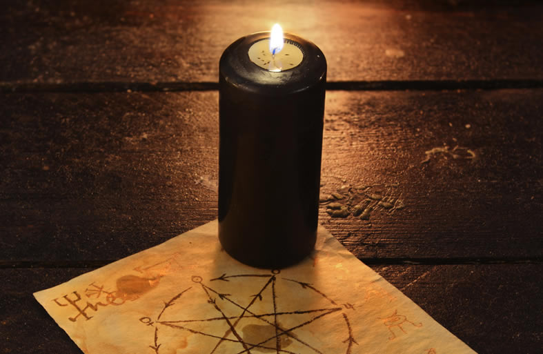 VOODOO LOVE ATTRACTION SPELL