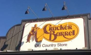backpacker friendly, grocery store