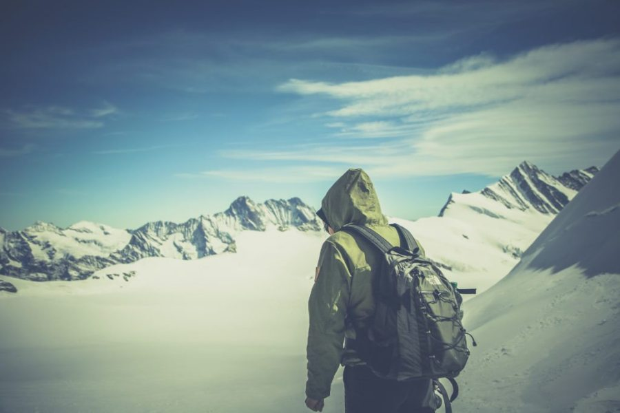 avalanche, winter, backcountry, winter hiking dangers
