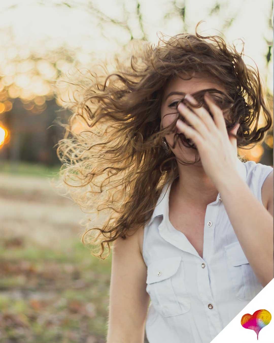 Frisuren für lockige Haare: 11 Mal Inspiration für den Alltag und