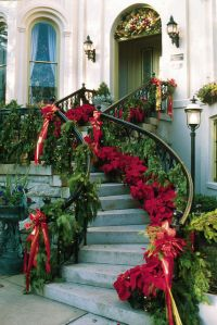 Beautiful Christmas Staircase Decorations Pictures, Photos ...