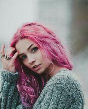 pink messy hair