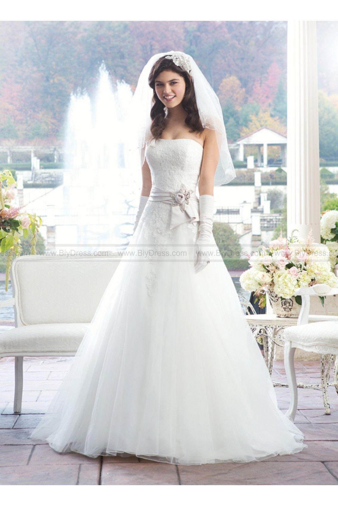 Christmas Wedding Dress Ideas