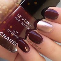 Simple Red Wine & Gold Nail Design Pictures, Photos, and ...