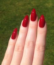 stiletto red nails