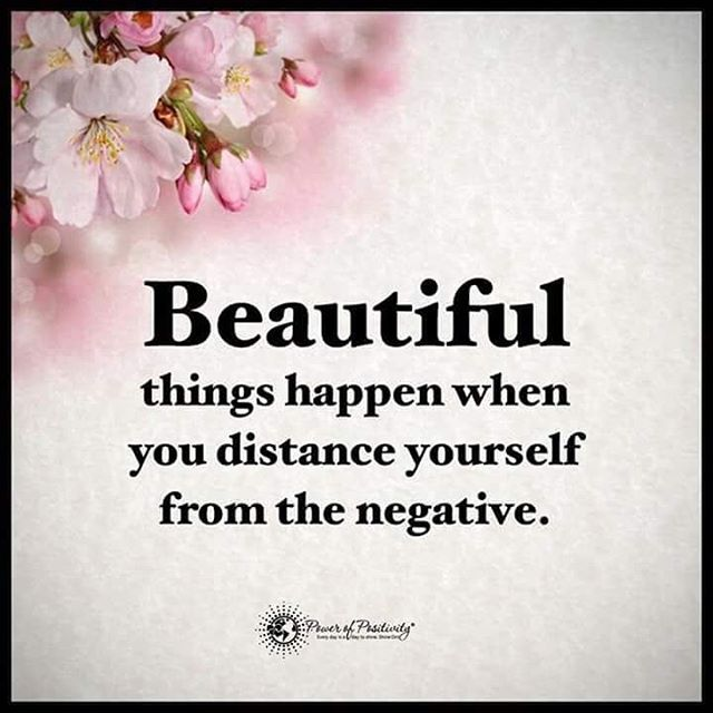 Sad Quotes Wallpapers In Urdu Beautiful Things Happen When You Distance Yourself From