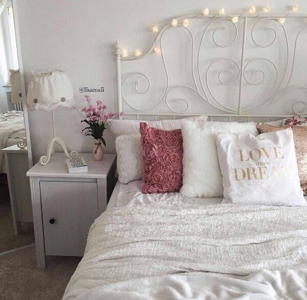 Pretty Bedroom Pictures Photos and Images for Facebook