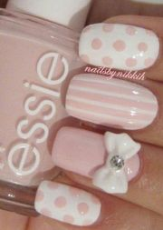 pale pink nail design with stripes