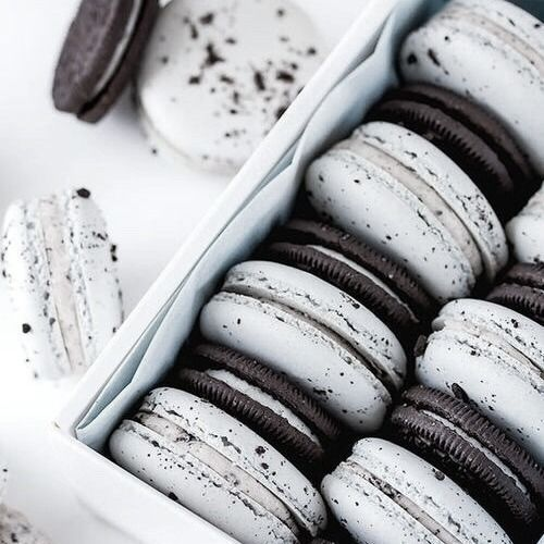 Black And White Macaroons Pictures Photos and Images for