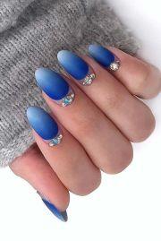 bright blue ombre nails