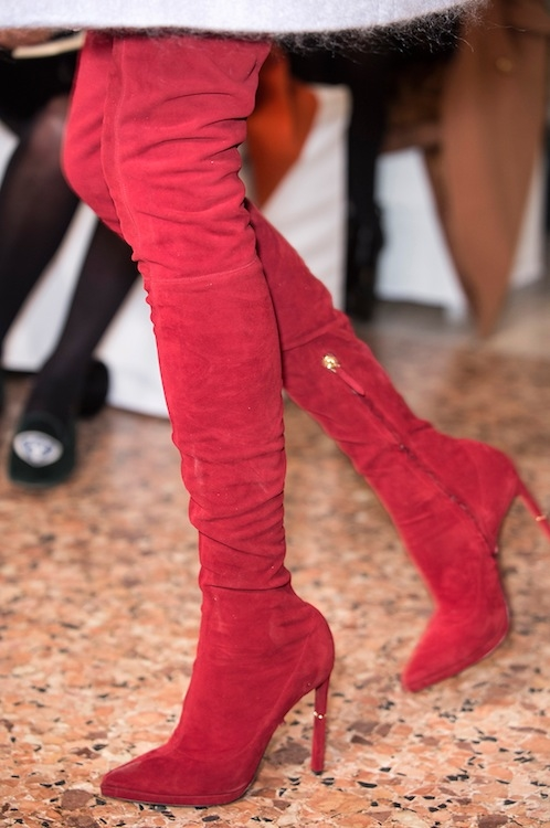 Leg Hugging Red Suede Boots Pictures Photos and Images