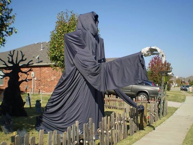 Large Grim Reaper Lawn Decoration Pictures Photos and Images for Facebook Tumblr Pinterest