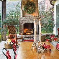 Outdoor Patio & Porch Christmas Decorating Pictures ...