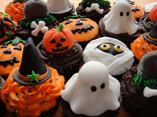 Donut Wallpaper Cute Sweet Halloween Treats Pictures Photos And Images For