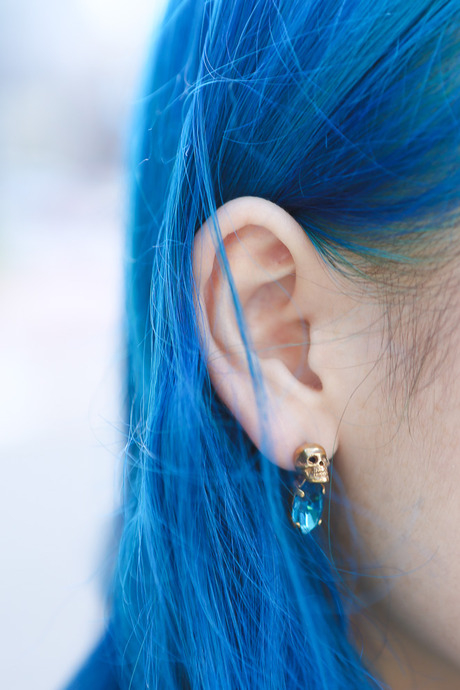 Grunge Girl Wallpaper Blue Hair Pictures Photos And Images For Facebook