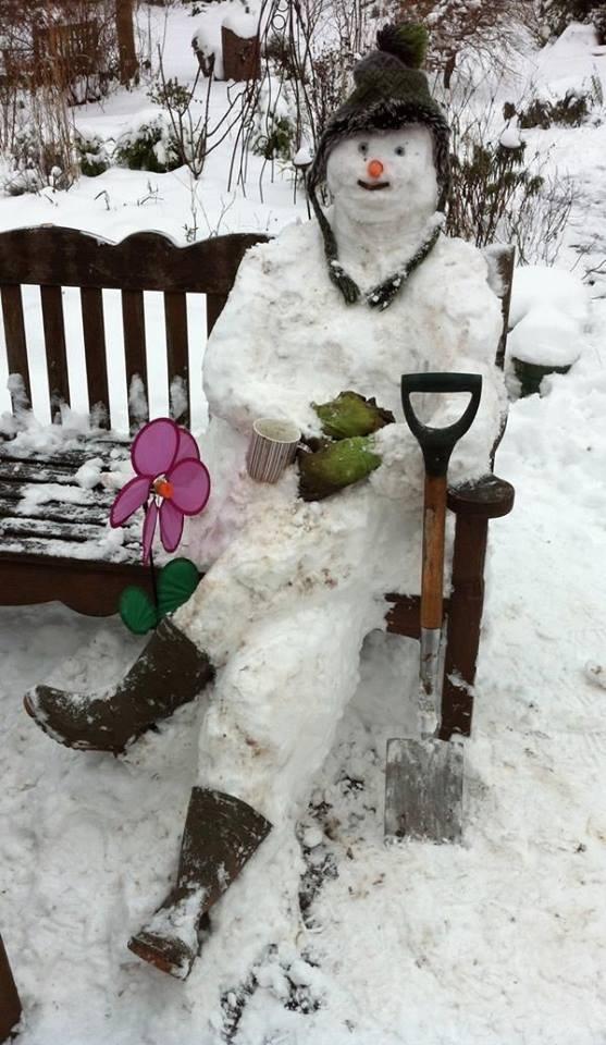 Unique Snowman Pictures Photos and Images for Facebook