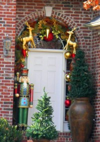 Gold Reindeer And Nutcracker Decoration Pictures, Photos ...