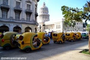 Coco-taxis Capitolio, Havana