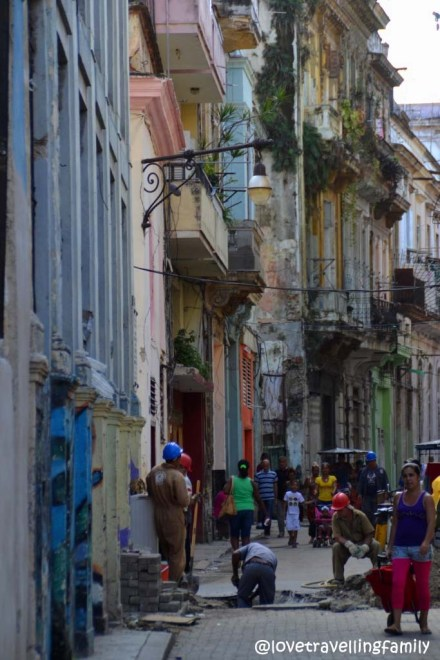 Street workers, Old Havana