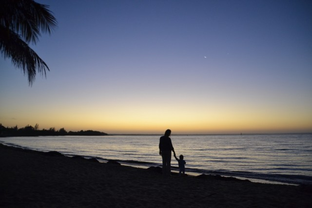 Sunrise at Playa Larga & Love travelling family