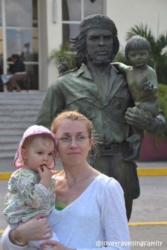Hasta Siempre Comandate! Love travelling family and Che y Nino