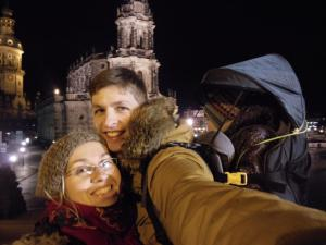 Love travelling family in Dresden, Germany