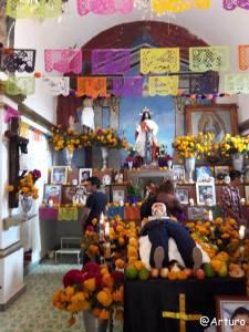 Dia de los muertos in Ocotepec - church 2os in Ocotepec