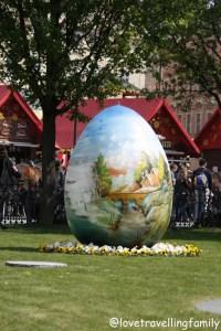 Easter in Prague. Love travelling family