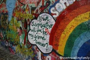 The Lennon Wall Prague, Love travelling family